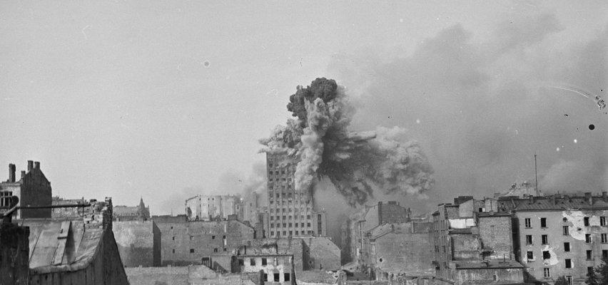 Ocalone z pożogi. 1500 niezwykłych zdjęć z powstańczej Warszawy