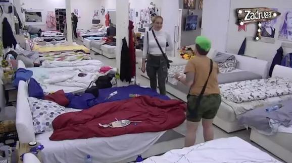 Luna Đogani i Jovana Tomić Matora