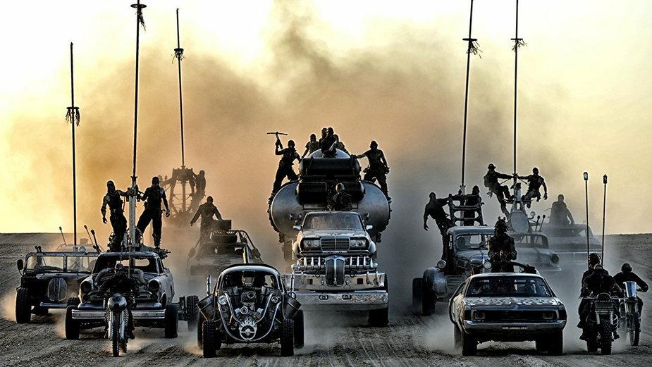 """Kadr z filmu """"Mad Max: Na drodze gniewu"""""""