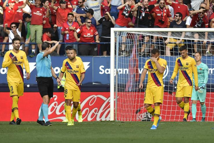 FK Barselona, FK Osasuna