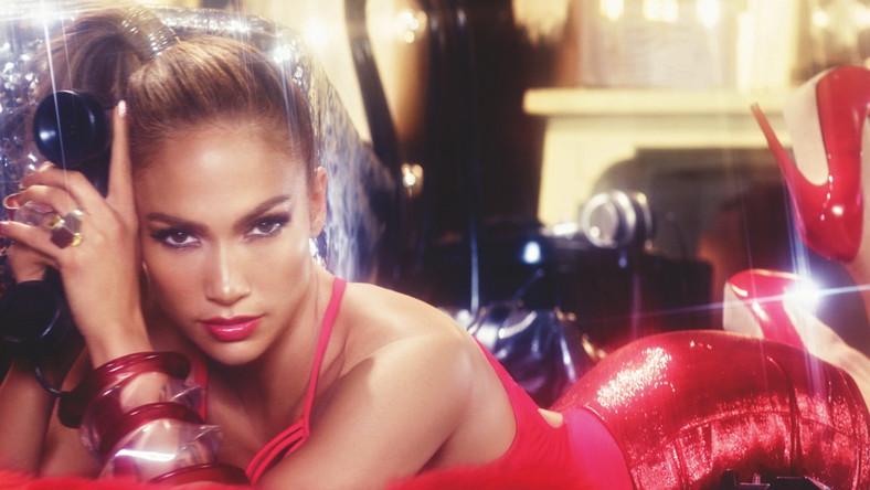 Jennifer Lopez niczym wąż