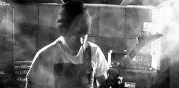 COVID wciąż zabija! Wśród ofiar rockowy muzyk. Koledzy żegnają go w sieci