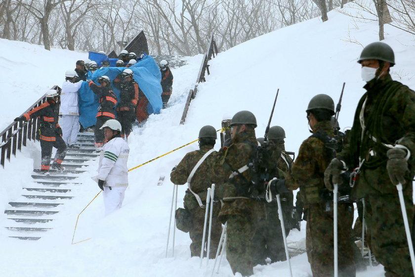 Lawina zasypała ośrodek narciarski. Mogło zginąć nawet 8 dzieci