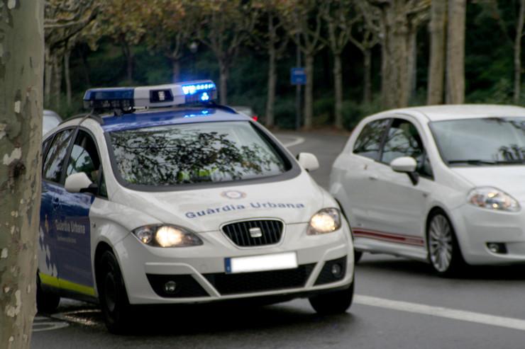 spanija katalonija policija shutterstock 698381629