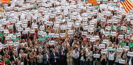 Tłumy na ulicach Barcelony. Manifestuje pół miliona Katalończyków