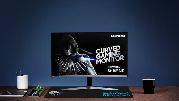 Novi monitor ima 49 inča