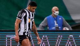 Atletico Mineiro's Hulk reacts after missing a penalty during the all-Brazilian Copa Libertadores semifinal first leg match against Palmeiras on Tuesday Creator: FERNANDO BIZERRA