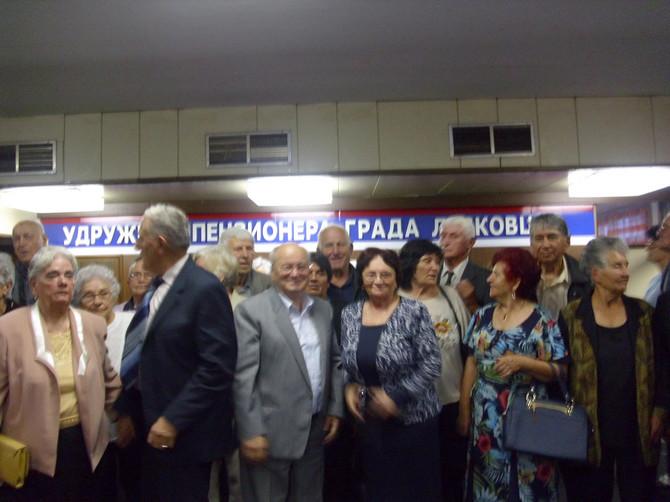 Tridesetak bracnih parova na Zlatnoj svadbi u Leskovcu