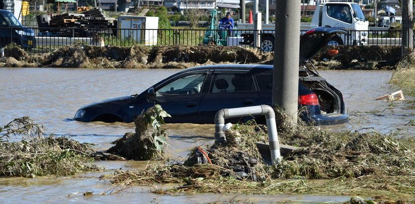 Osiem ofiar ulew, powodzi i lawin błotnych w Japonii