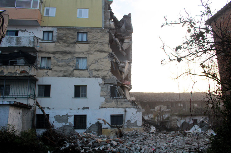 Albanija foto EPA_Malton Dibra