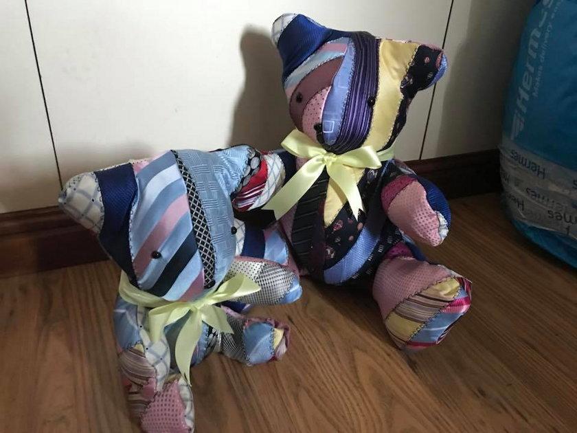 Szokujący biznes. Robi dziecięce zabawki z ... ubrań i prochów zmarłych