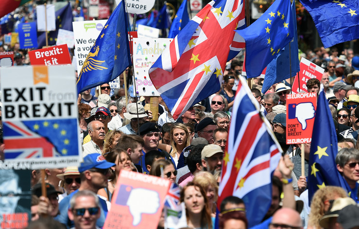 London, bregzit, protest, EPA-ANDY RAIN