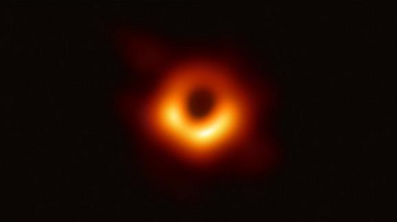 Ovo je prva fotografija crne rupe