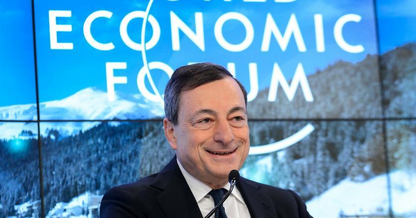 Mario Draghi, szef Europejskiego Banku Centralnego, dystansuje się od kryptowalut