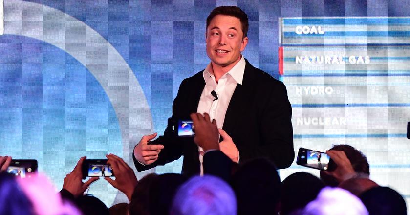 Elon Musk w 2015 roku zasugerował, że żyjemy w komputerowej symulacji