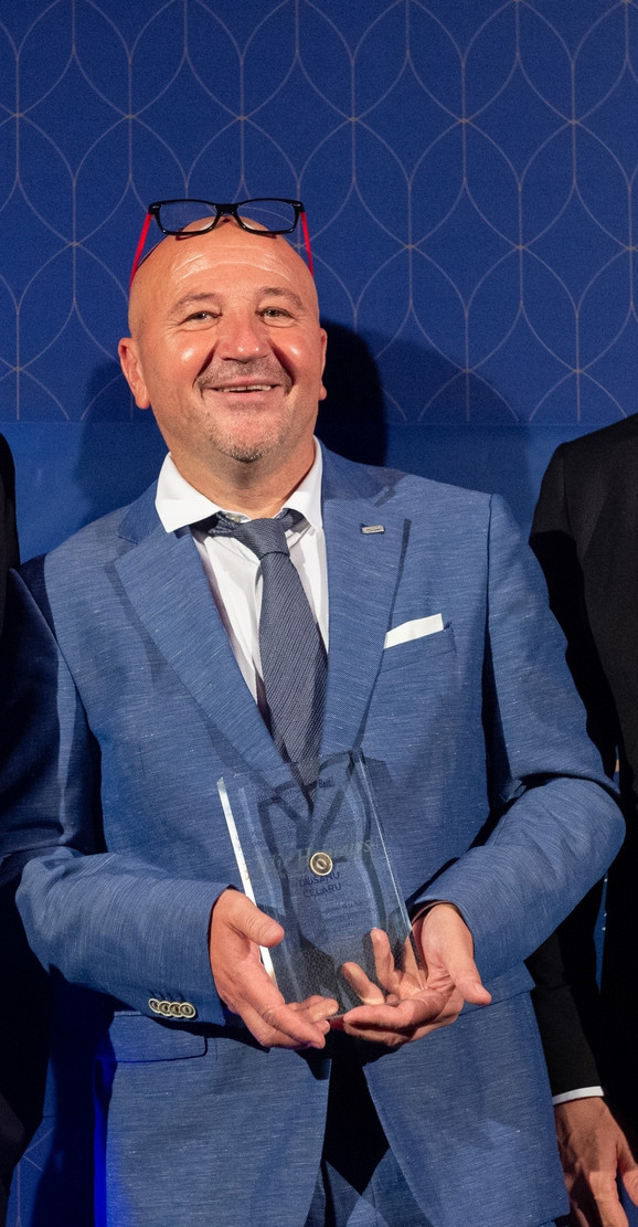 Dušan Čelar, doktor, Frankfurt