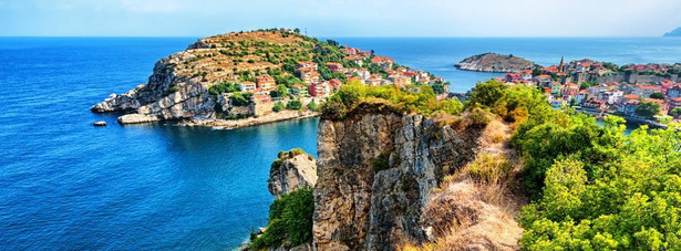 Turcja - Na tygodniowy wypoczynek w jednym z tureckich kurortów wydamy około 2 300 złotych