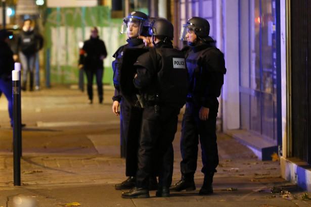 Strzelanina w Paryżu podczas obławy na zamachowców Fot. Etienne Laurent