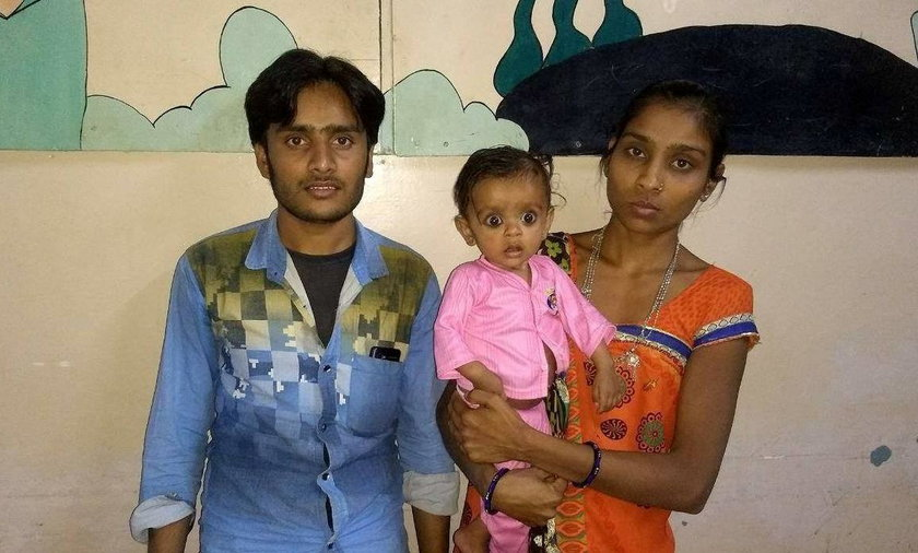 Prinsa Rathava z rodzicami