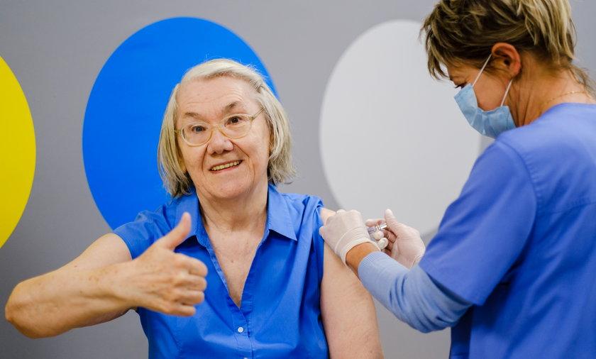 Szczepcie się na grypę - apeluje Izydora Kwiatkowska, seniorka z Tychów