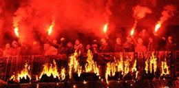 Spodek w płomieniach przez chuliganów