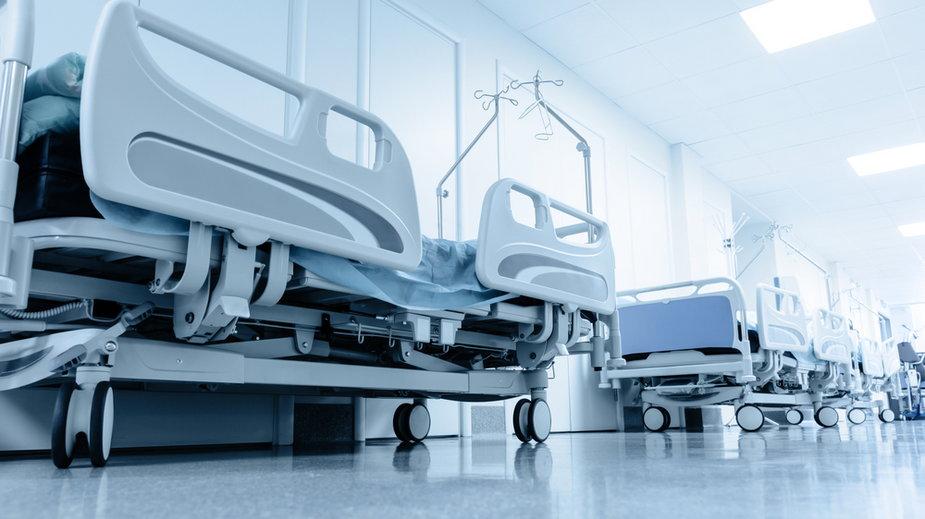 Opole. Jedna czwarta pacjentów szpitala tymczasowego jest w ciężkim stanie