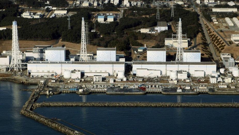 Widok z lotu ptaka na zniszczoną elektrownię Fukushima