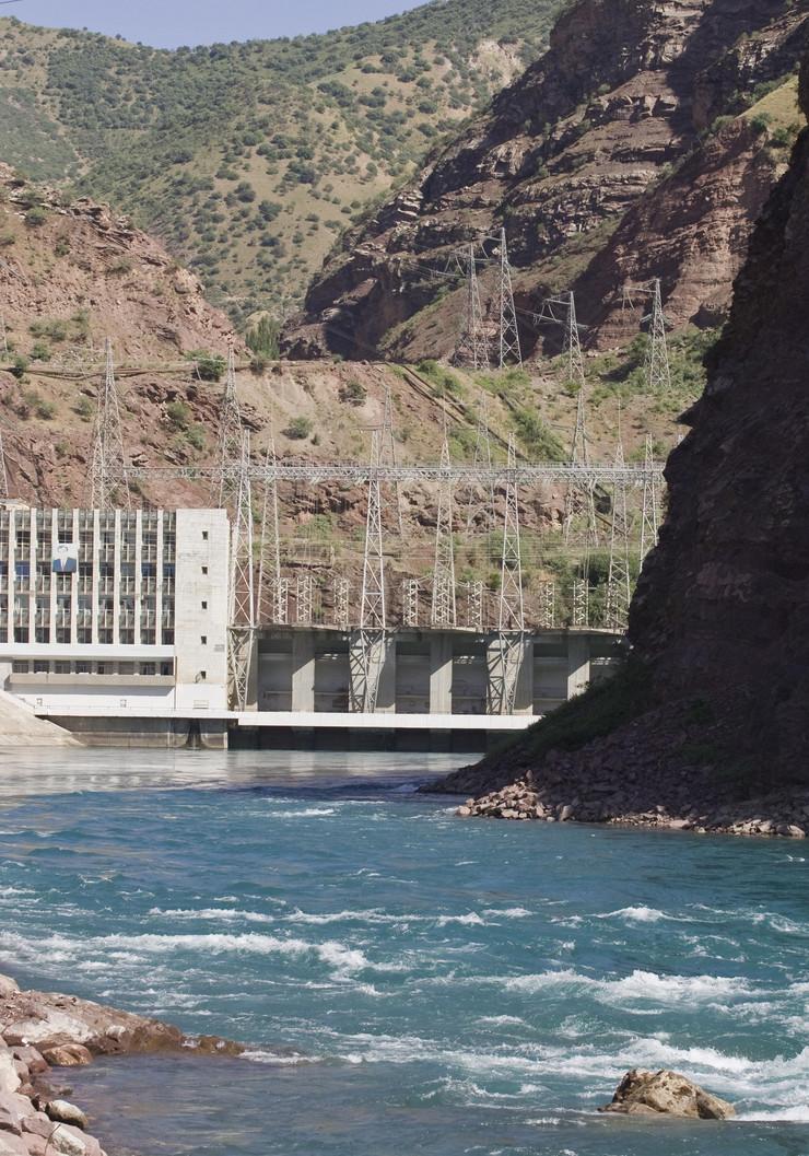34918_hidroelektrana01-reuter-shamil-zhumatov