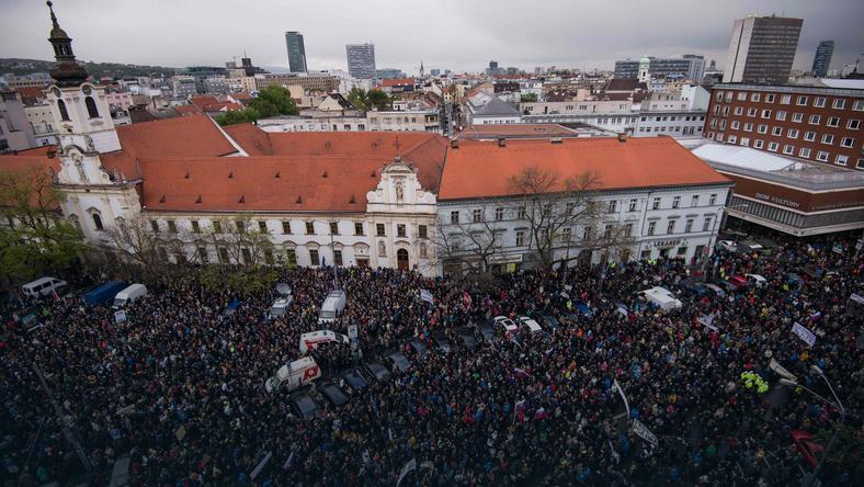 Demonstracja w Bratysławie przeciwko korupcji