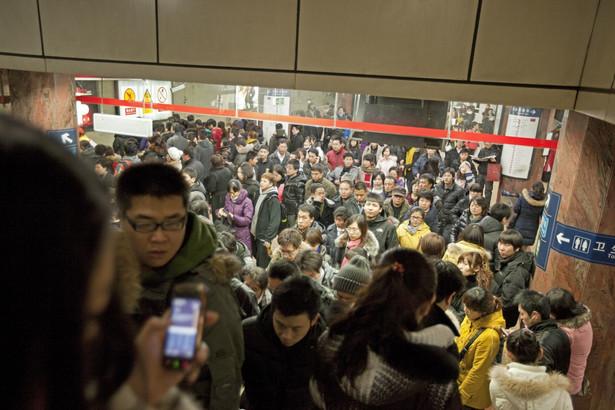 Codziennie ponad 1370 starszych ludzi, w wieku ponad 60 lat, nie potrafi znaleźć drogi do domu - wynika z opracowania przygotowanego przez chiński pozarządowy Instytut Pomocy Społecznej Zhongmin we współpracy z popularnym agregatorem treści, portalem Toutiao.com.