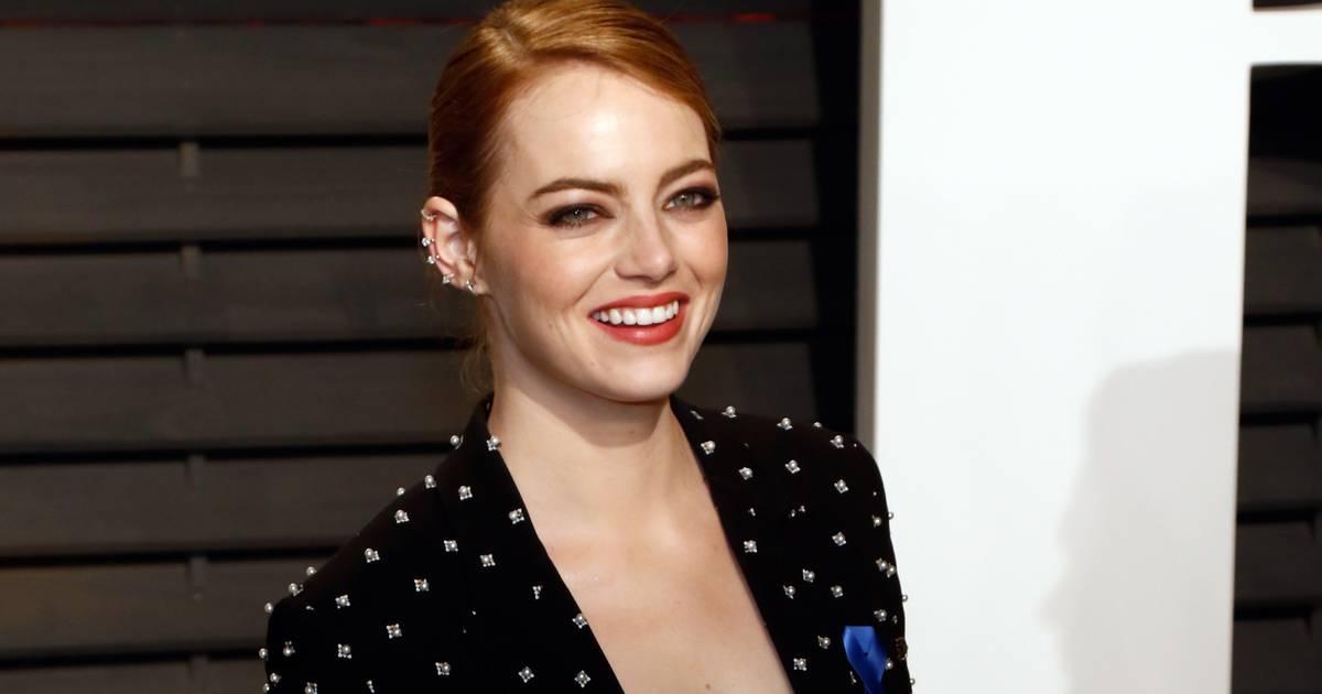 """1. Foto von Cruella: So anders sieht Emma Stone als """"101 Dalmatiner""""-Schurkin aus!"""