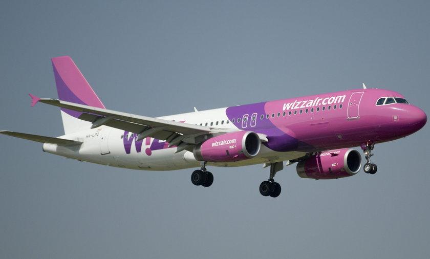 Alarm bombowy w samolocie do Warszawy. Maszyna awaryjnie lądowała