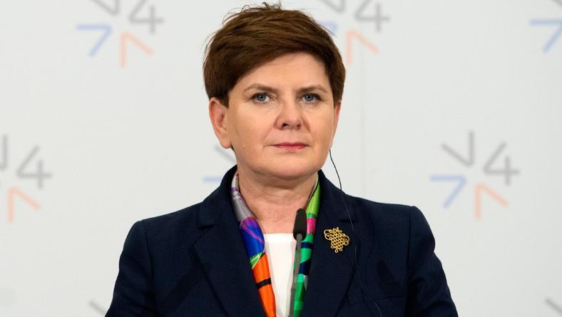 Premier Beata Szydło musi nauczyć się gry na wielu fortepianach, fot. flickr/KPRM