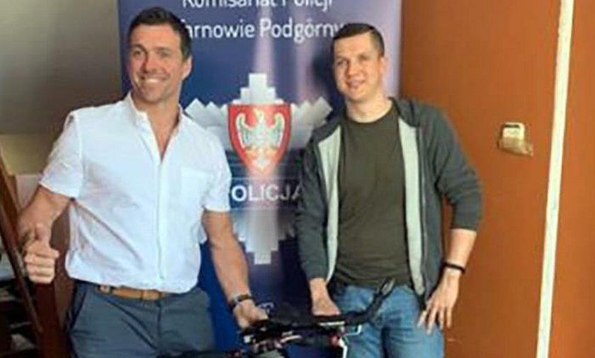 Marc London ze skradzionym rowerem