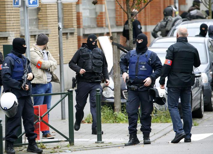 Belgian police stage raid in Brussels suburb of Molenbeek