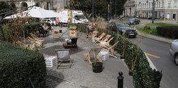 Władze stolicy wydały krocie na ogródki na pl. Zbawiciela