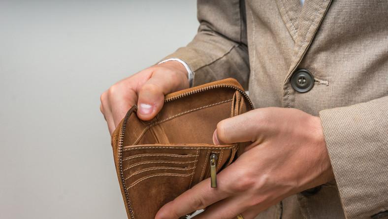 Pusty portfel, bieda