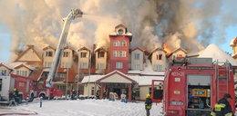 Gigantyczny pożar hotelu w Augustowie. Ewakuowano 50 osób. Co tam robiły w czasie epidemii?