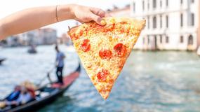 """Pizza i kebab na wynos """"nie licują z bogactwem kulturowym"""" Wenecji"""