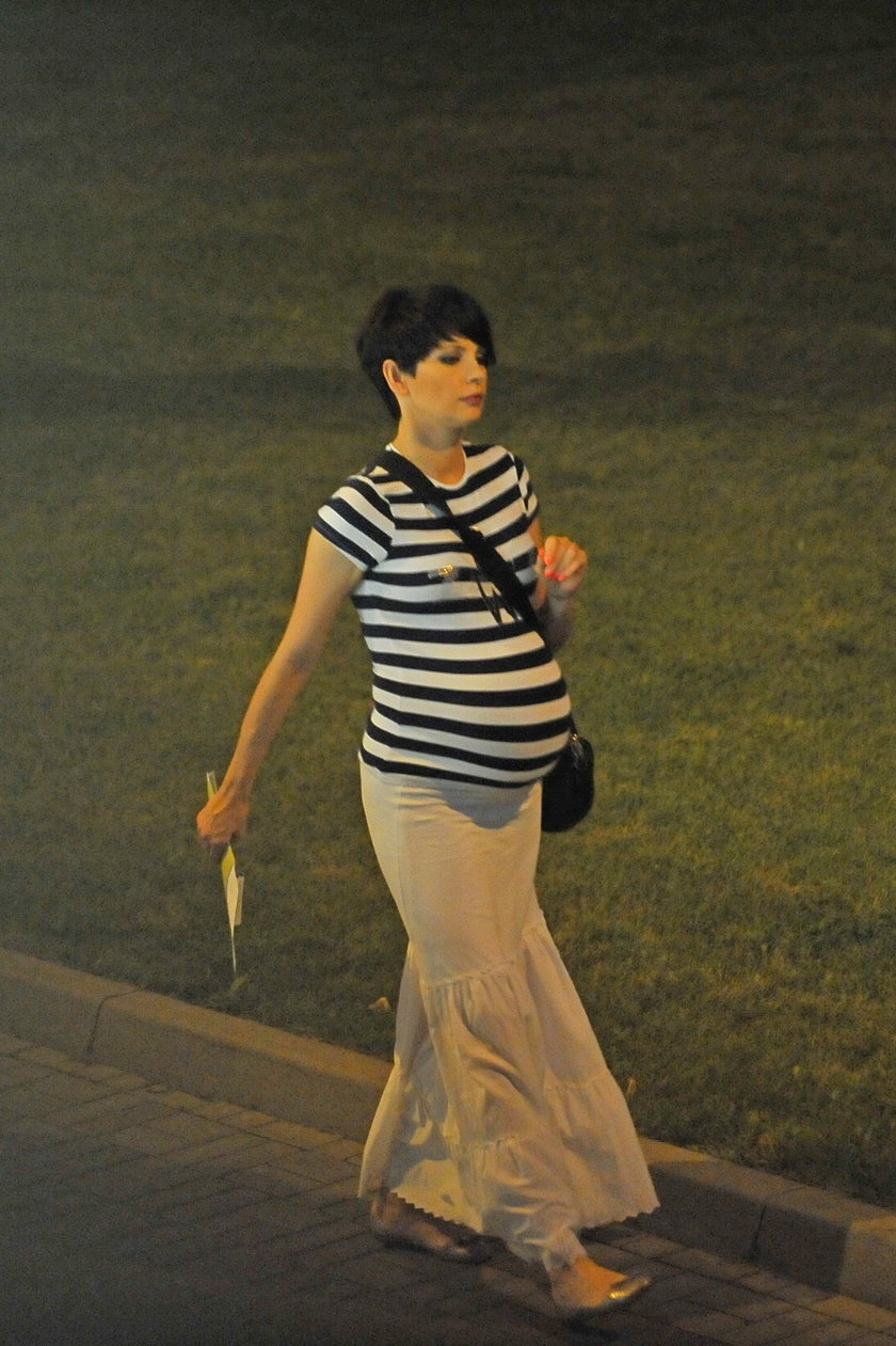 Dorota Gardias z brzuszkiem ciążowym