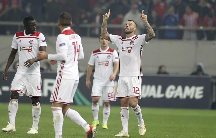 FK Olimpijakos, FK Milan
