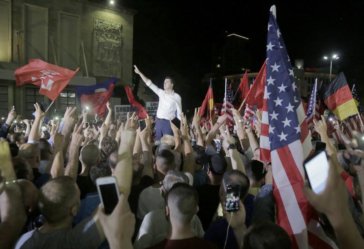 Albanija protest Malton Dibra EPA