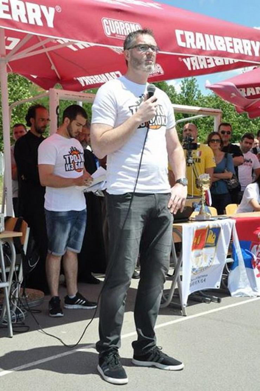 502722_trojka-iz-bloka-dejan-tomasevic-foto-promo