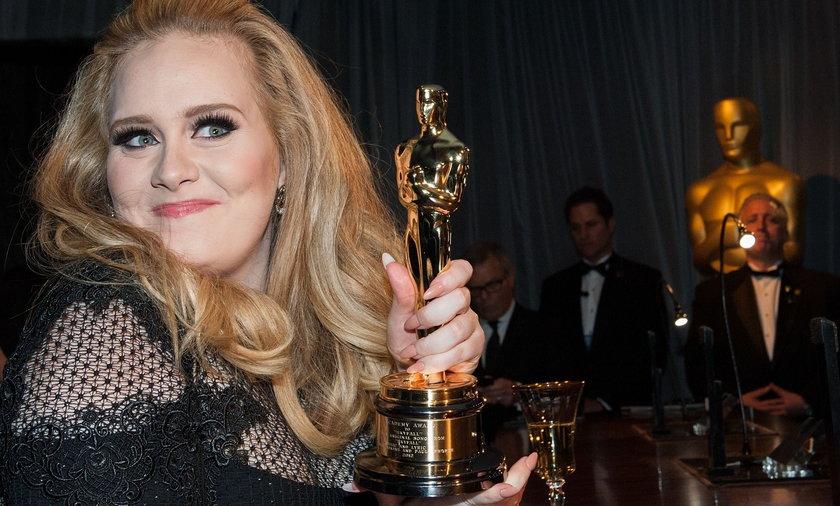 Adele skończyła 33 lata i pokazała, jak teraz wygląda