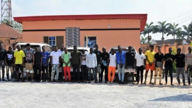 EFCC arrests 48 suspected internet fraudsters in Ogun