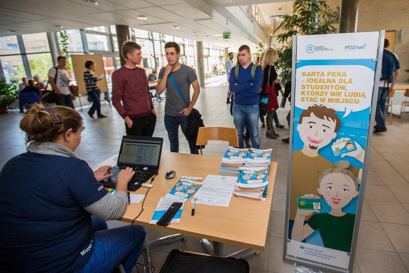 Koniec punktów informacyjnych PEKA na poznańskich uczelniach