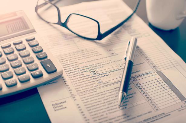 Prezentujemy firmy pod względem przychodu, doradców, klientów.