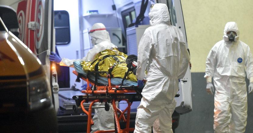 Nowy, strasznie bolesny objaw koronawirusa. Dopada zakażonych brytyjską mutacją. W Polsce to 40 proc. nowych zachorowań