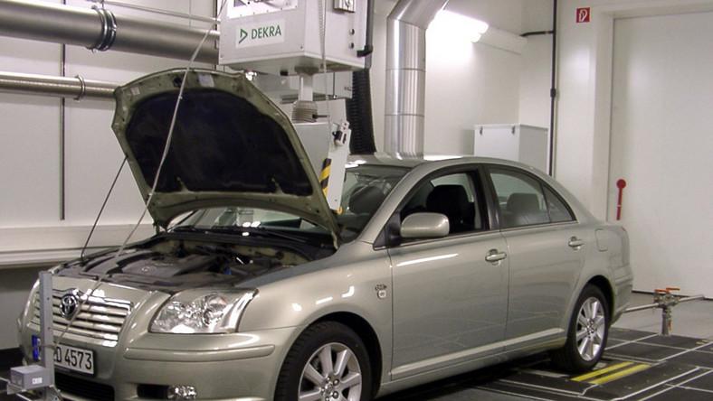 Masywnie Wszystko o silniku 2.0 D-4D: wciąż zniechęcają wysokie ceny części FB27
