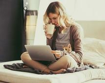 Praca w weekend może pomóc w walce ze stresem